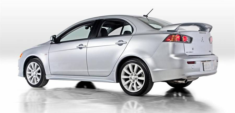 2010-Mitsubishi-Lancer bu