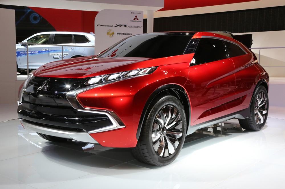Mitsubishi Xr Phev 2015 Avtosalon v Geneve