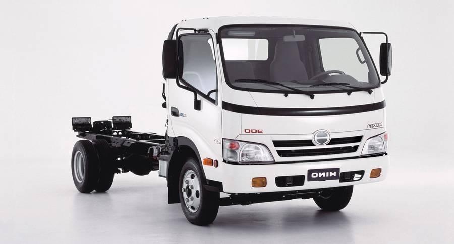 HINO-300