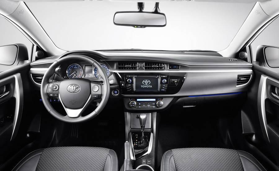 Toyota Corolla 2016 salon