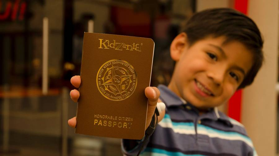 kidzania-passport