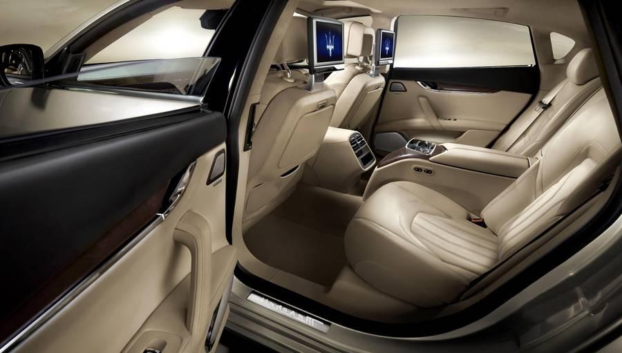 Maserati Levante 2016 interior