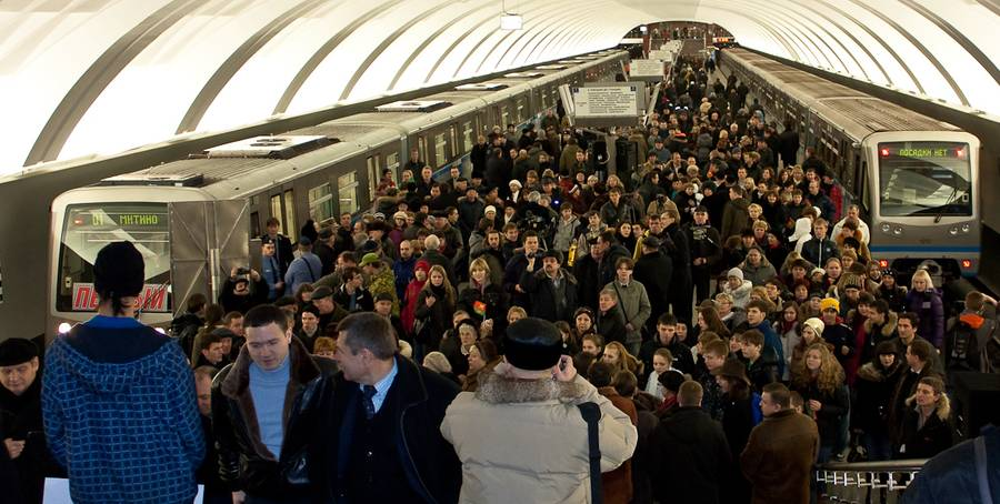 moscow-metro-chas-pic