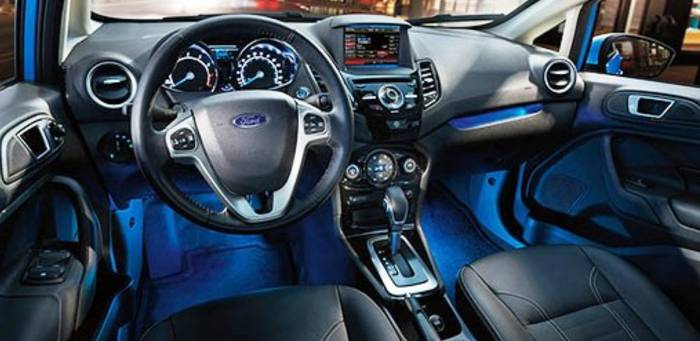 2016-Ford-Fiesta-Interior