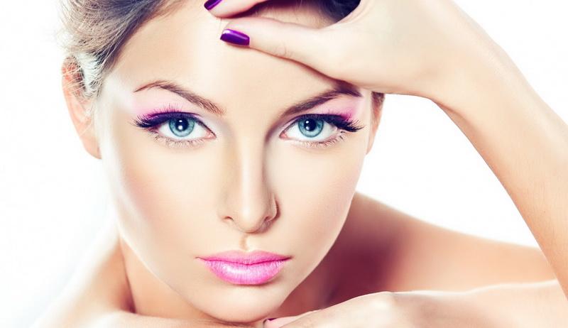 Как красиво наносить макияж?