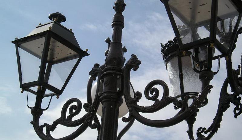 Где купить качественные уличные светильники?