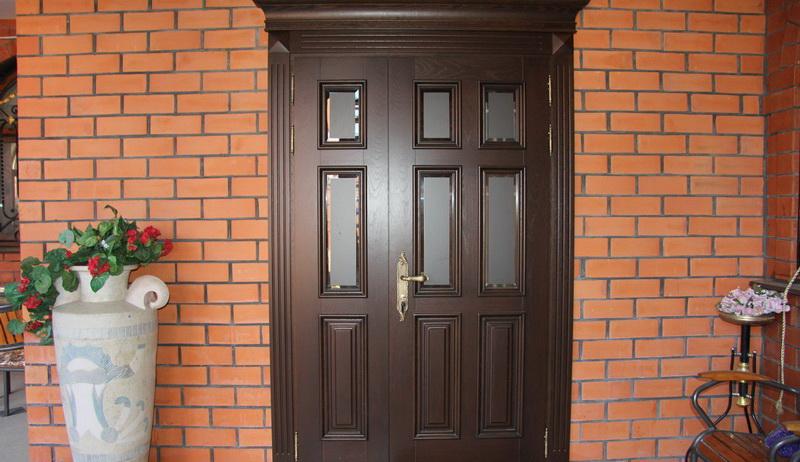 Выбираем бронированные входные двери