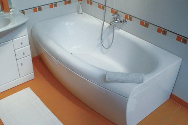 Выбираем акриловые ванны