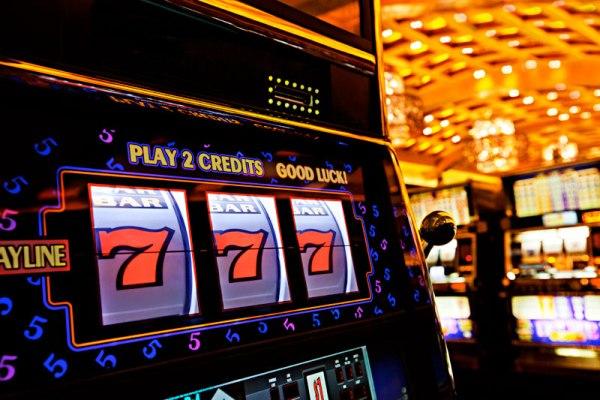 Учимся играть в казино