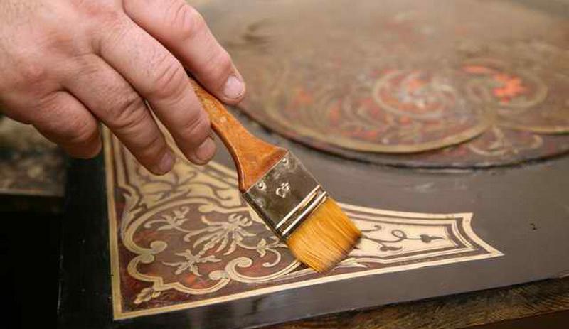 Главные особенности реставрации мебели