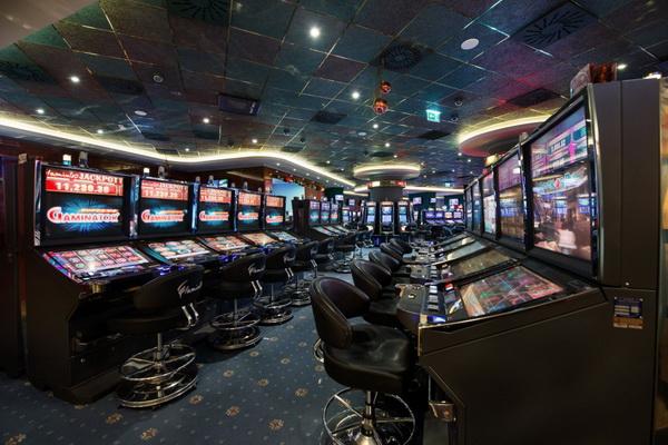 играть бесплатно на сайте казино Вулкан