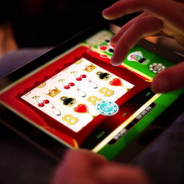 Играем онлайн в Граф казино