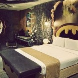 Отель в Тайване с подземельем Бэтмена