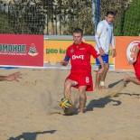 На пляжах Геленджика можно будет поиграть в футбол