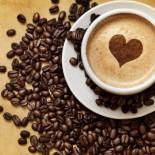 3 чашки кофе в день снижают риск инфаркта почти на 25%