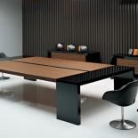 Выбираем столы для переговоров